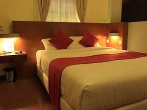 Lovender Guest House Malang - Deluxe Double Room with Breakfast Regular Plan