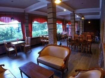 Cafe Johan Home Stay Senggigi