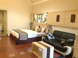 Srikandi Guest House Malang - Kamar Suite Regular Plan