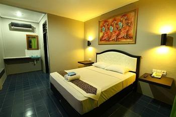 Amazing Kuta Hotel Bali - Superior Room with Breakfast Last Minute Special Rate