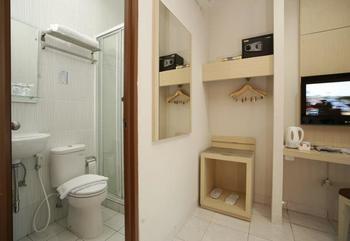 Hotel 88 Mangga Besar VIII Jakarta - Superior Room With Breakfast Regular Plan