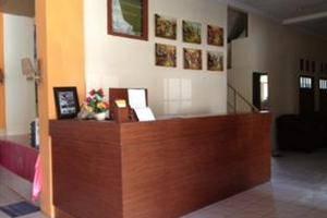 Hotel Kana Yogyakarta - Receptionist