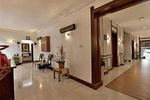 Hotel Riau Bandung - coridor