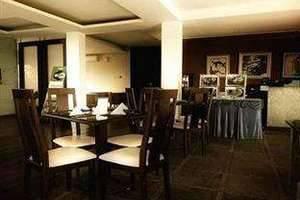Hotel Pesona Cikarang Bekasi - Restaurant