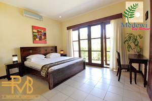 Medewi Bay Retreat Bali - 3 Bedroom Villa, Master Room