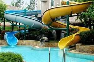 Mason Pine Hotel Bandung - Swimming Pool