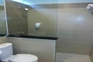 DRiam Resort Ciwidey Bandung - Bathroom
