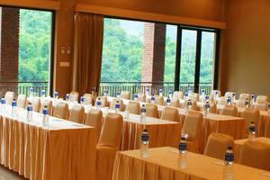 DRiam Resort Ciwidey Bandung - Meeting Room