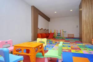 Cavinton Hotel Yogyakarta - playground