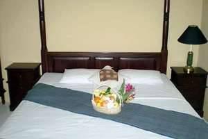 Joglo Putu Inten Jepara - Chrysant Bedroom