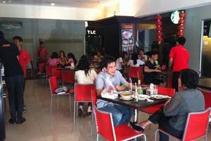 The Square Surabaya - Restaurant1