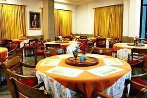 Hotel Ayong Linggar Jati - Restaurant