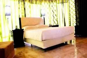 Highland Park Resort   - Guest Room