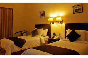 The Sun Hotel Surabaya - Deluxe twinbed