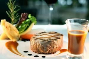 Aston Cirebon - Food & Beverages