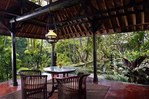 Tjampuhan Hotel Ubud - Living room