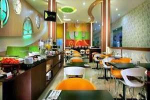 favehotel Kusumanegara - Lime Coffee Shop