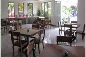 Griya Sentana Hotel Yogyakarta - restaurant