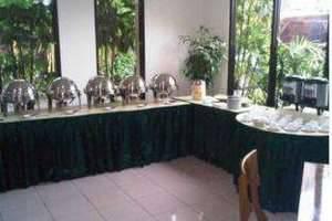 Griya Sentana Hotel Yogyakarta -  buffet