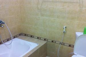 Wijaya Hotel Yogyakarta - Bathroom