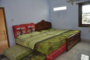Wijaya Hotel Yogyakarta - Family Room