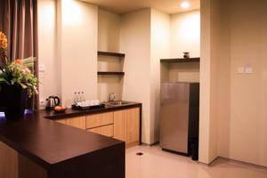 The Kana Kuta Hotel Bali - Suite Room Pantry