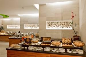 Bali Rani Hotel Bali - Buffet Breakfast