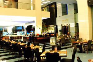 Merlynn Park Hotel Jakarta - Grand Central Retsaurant