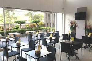 Tilamas Hotel Surabaya - Restaurant