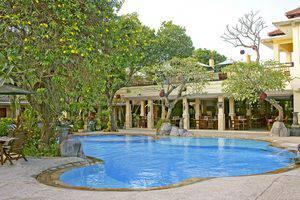 Melka Excelsior Hotel Bali - Pool