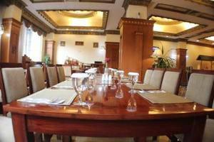 Quds Royal Hotel Surabaya - Restaurant