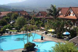 Royal Orchids Garden Hotel Malang - View