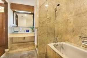 Lido Lakes Resort & Conference Bogor - Bathroom
