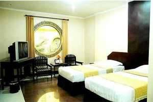 V3 Hotel Surabaya - Deluxe Twin V3