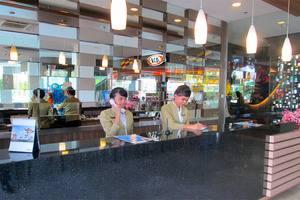 Hotel 61 Medan - RECEPTION