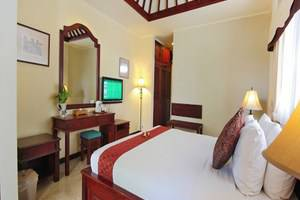 Royal Tunjung Villa And Spa Bali - Guest room