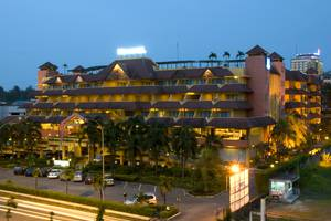 Novotel Batam - Night