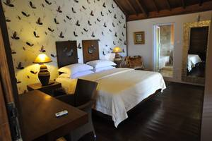 Tegal Panggung Guest House Yogyakarta -  Deluxe Rooms
