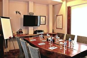 Tegal Panggung Guest House Yogyakarta - Meeting Room