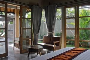 Villa Kayu Lama Bali - Living Room