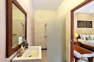 The Vie Villa Bali - Bathroom