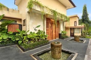 The Vie Villa Bali - Villa Entrance