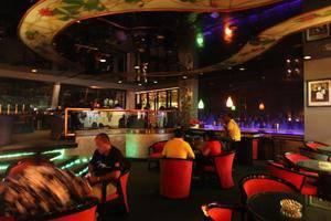 Kartika Graha Hotel Malang - Bar