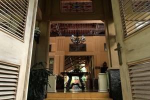 Kayu Arum Resort Salatiga - Entrance Door