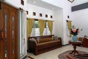 Rumah Asri Bandung - Lobby