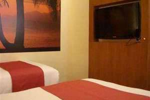 Lovender Guest House Malang - Junior Suite