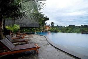 Sangria Resort & Spa Bandung - Resort Pool