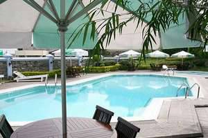 Amanda Hills Hotel Semarang - Swimming Pool