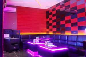 Gran Surya Hotel Bali - Karaoke Room