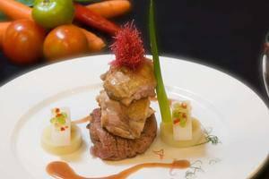 Aston Manado - food